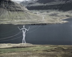 pylone-electrique-islande-architecte-esthetique-homme4